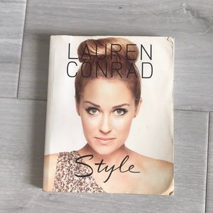 Signed Lauren Conrad Style Coffee Table Book